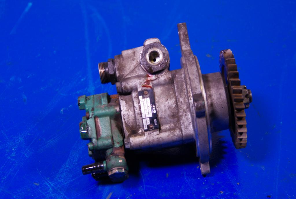 FH13 D13A Power Steering Fuel Pump